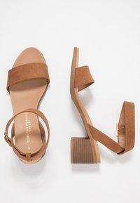 Dorothy Perkins - BARLEY COMFORT FOOTBED STACK HEEL - Sandały - tan - 3