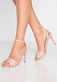 Dorothy Perkins - BETH ORIGAMI DRESSY - Sandaler med høye hæler - blush - 0