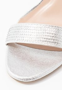 Dorothy Perkins - BESSIE HEATSEAL 2 PART  - Sandals - silver - 2