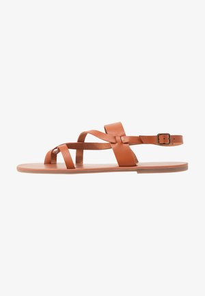 FABIENNE TRIPLE STRAP GLAD T-BAR - T-bar sandals - tan