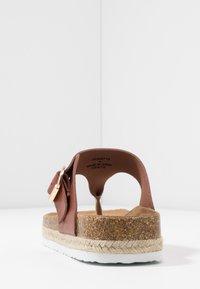 Dorothy Perkins - FABLE FOOTBED TOE POST - Sandály s odděleným palcem - tan - 5