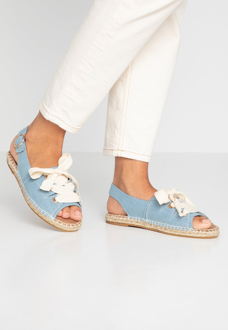 Dorothy Perkins - FILIPA LACE UP  - Loafers - denim
