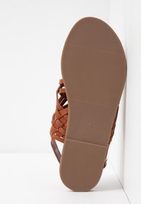 Dorothy Perkins - FISHER WOVEN SLIDE - Sandaler - tan - 6