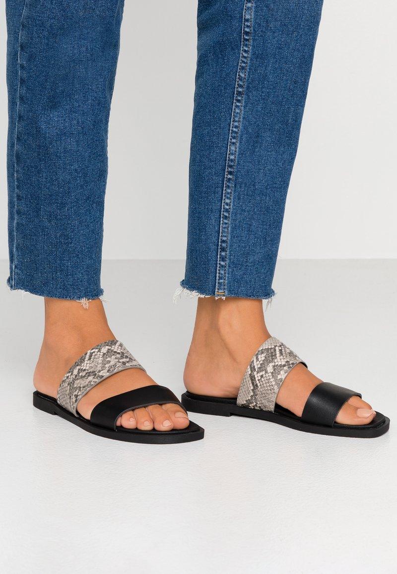 Dorothy Perkins - FRANK COMFORT FOOTBED - Mules - black