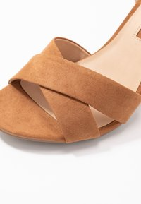 Dorothy Perkins - SERENA UPDATE - High Heel Sandalette - tan - 2