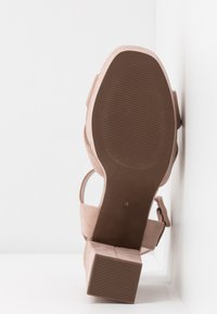 Dorothy Perkins - BOPPITY CROSS CHUNKY - Sandály na vysokém podpatku - nude - 6