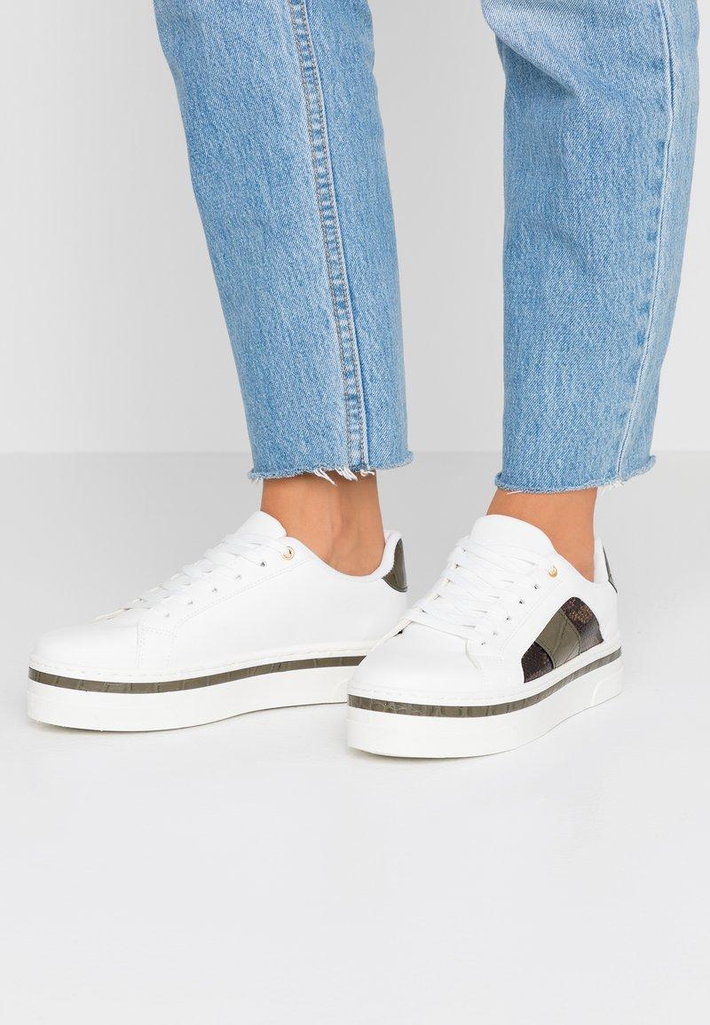 Dorothy Perkins - IDA TRAINER - Sneaker low - khaki