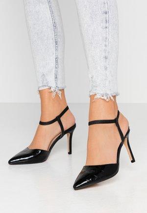 DEENIE STRAP OPEN COURT - High heels - black