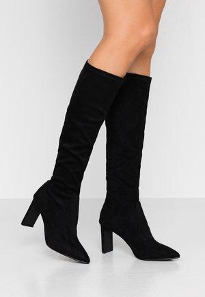 KENDRA HEELED STRETCH POINT BOOT - Vysoká obuv - black