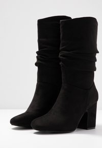 Dorothy Perkins - KIND RUCHED 3/4 BOOT - Boots - black - 4
