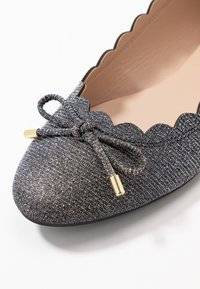 Dorothy Perkins - PIA - Ballerina - pewter - 2