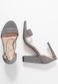 Dorothy Perkins - BAMBAM 2 PART PATTERNED - Sandaler med høye hæler - silver - 3