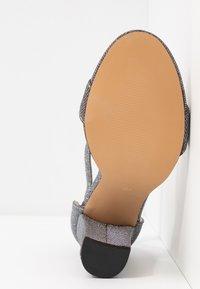 Dorothy Perkins - BAMBAM 2 PART PATTERNED - Sandaler med høye hæler - silver - 6
