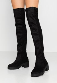 Dorothy Perkins - TRISTIANNA CLEATED HEELED LONG BOOT - Over-the-knee boots - black - 0