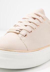 Dorothy Perkins - IGNITE TRAINER - Sneakers laag - blush - 2