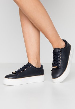 IGNITE TRAINER - Trainers - navy