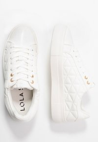 Dorothy Perkins - LOLA SKYE LIZZIE LACE UP QUILTED TRAINER - Tenisky - white - 3