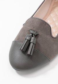 Dorothy Perkins - PALMA  - Scarpe senza lacci - grey - 2