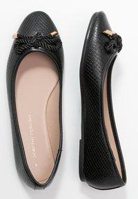 Dorothy Perkins - PRISCILLA REPTILE - Ballet pumps - black - 3