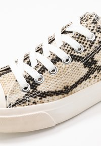 Dorothy Perkins - ICON  - Zapatillas - snake - 2