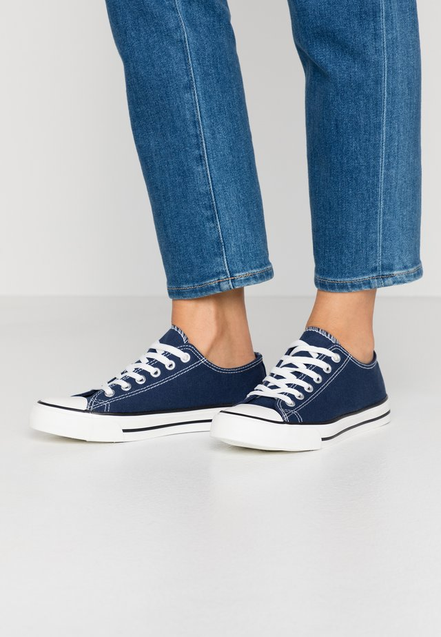 ICON - Baskets basses - navy