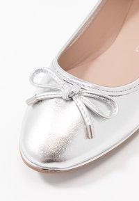 Dorothy Perkins - PARTY METAL RAND - Ballerina - silver - 2