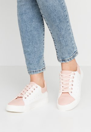 IRIE - Tenisky - pink