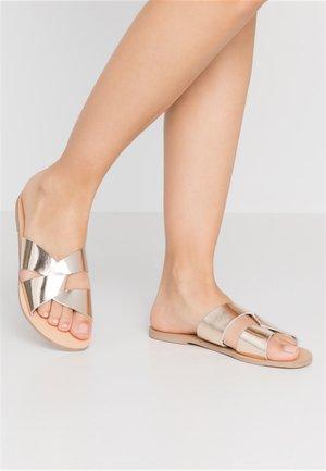 JETSON SLIDE - Pantofle - gold