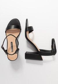 Dorothy Perkins - SHIMMER BLOCK HEEL - Sandaler med høye hæler - black - 3