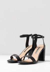 Dorothy Perkins - SHIMMER BLOCK HEEL - Sandaler med høye hæler - black - 4