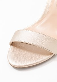Dorothy Perkins - RAMONA SINGLE SOLE WEDGE - Wedge sandals - gold - 2