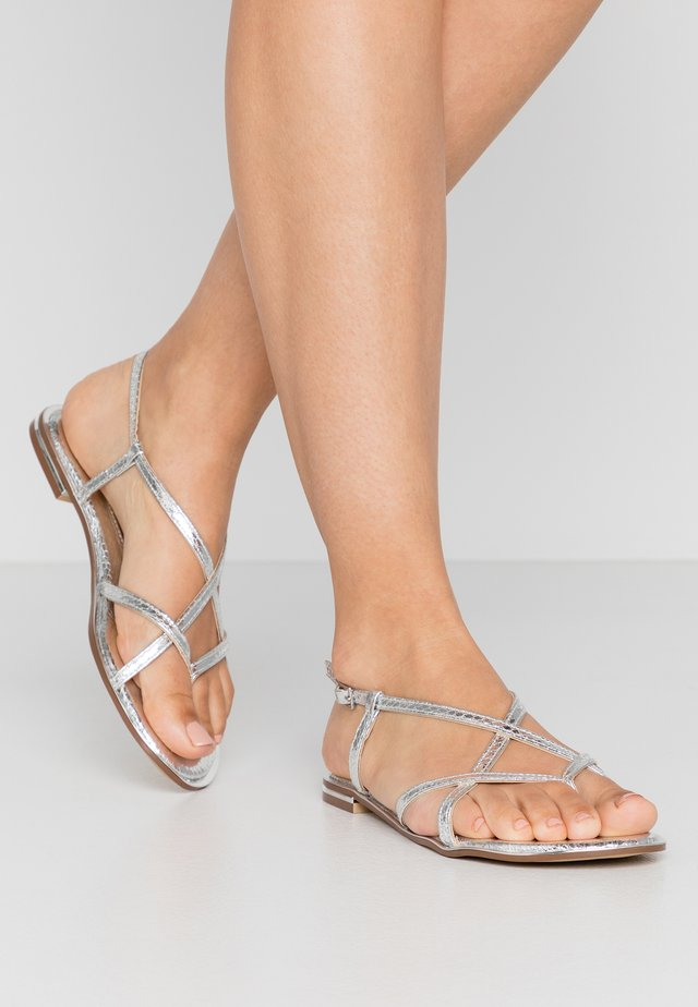 FRESH FORMAL SNAKE FLAT - Teensandalen - silver