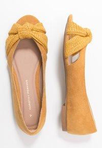 Dorothy Perkins - PLOT KNOT PEEP - Ballerina med åpen front - yellow - 3