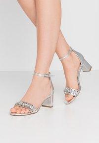Dorothy Perkins - SOLANGE LAZERCUT BLOCK - Sandals - silver - 0