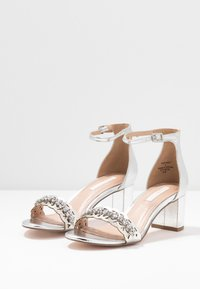 Dorothy Perkins - SOLANGE LAZERCUT BLOCK - Sandals - silver - 4