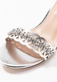 Dorothy Perkins - SOLANGE LAZERCUT BLOCK - Sandals - silver - 2