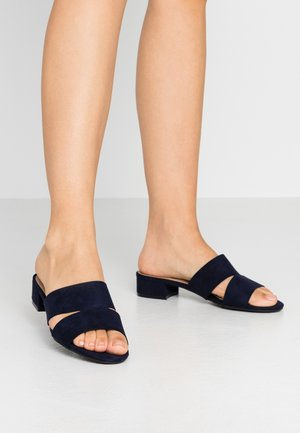 SHOOP LOW BLOCK MULE - Mules - navy