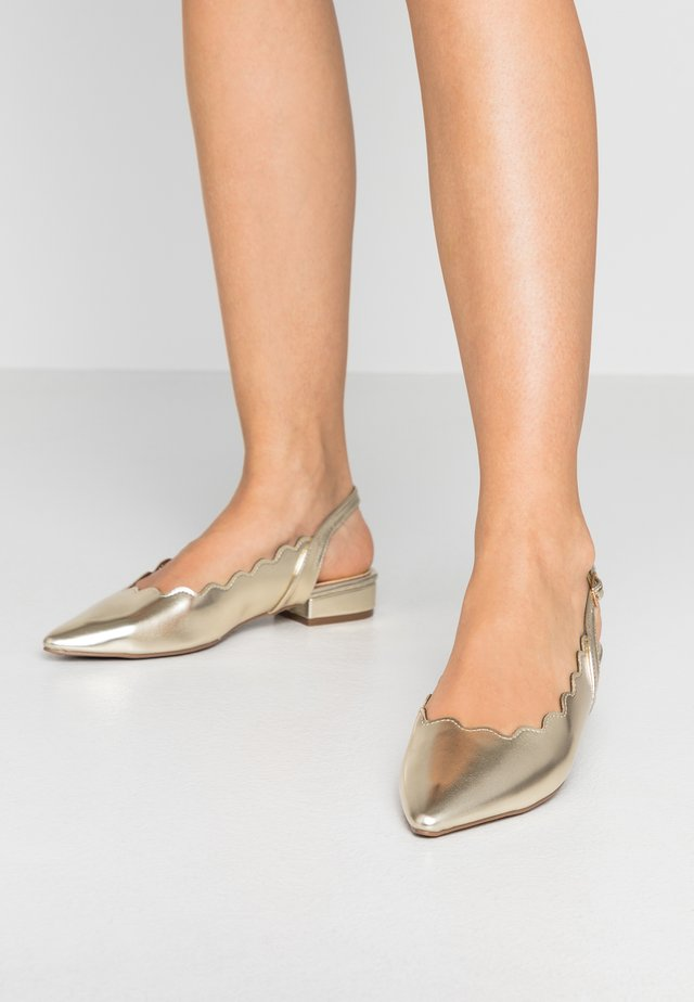 PAL SCALLOP SLINGBACK  - Ballerinat - gold