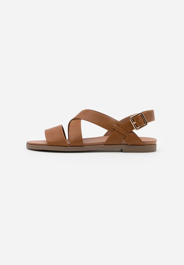 COMFORT FRANC CROSS OVER  - Sandals - tan