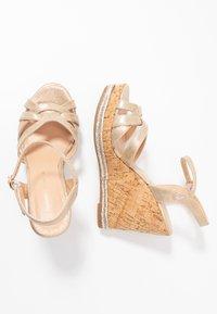 Dorothy Perkins - RHODA DRESSY GOING OUT WEDGE - Korolliset sandaalit - rose gold - 3