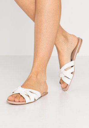 FENNEL INTERLACED MULE SLIDE - Mules - white