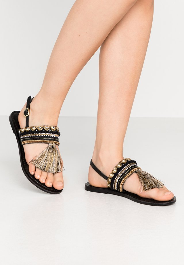 SANTARINA FRINGE BEADED TOE POST - Sandalias de dedo - black
