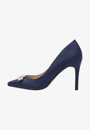 TRIM COURT SHOE - Zapatos altos - navy