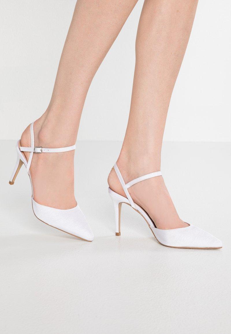 Dorothy Perkins - 2 PART SLINGBACK COURT - Zapatos altos - ivory