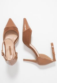Dorothy Perkins - DEETA TOECAP TWO PART COURT - Høye hæler - tan - 3
