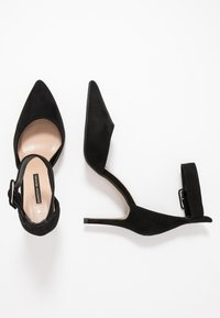Dorothy Perkins - DANICA TWO PART ANKLE STRAP COURT - Zapatos altos - black - 3