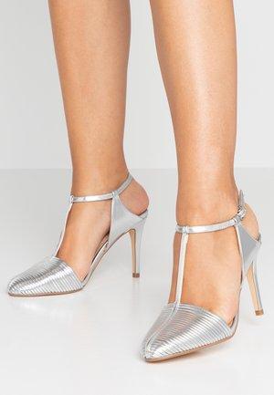 EMPIRE T BAR COURT SHOE - High heels - silver