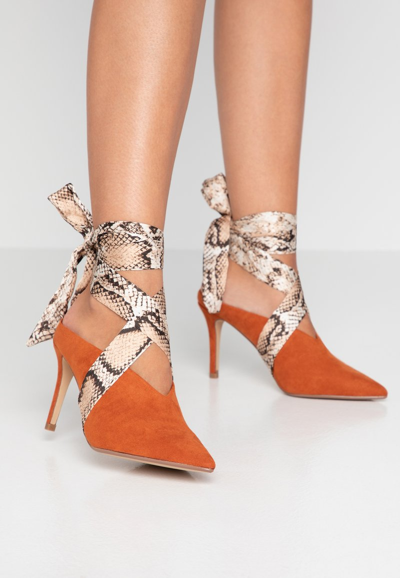 Dorothy Perkins - ESTELLE SCARF WRAP COURT - High heels - rust
