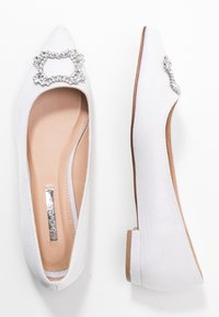 Dorothy Perkins - PEYTON SQUARE JEWEL  - Bailarinas - white - 3