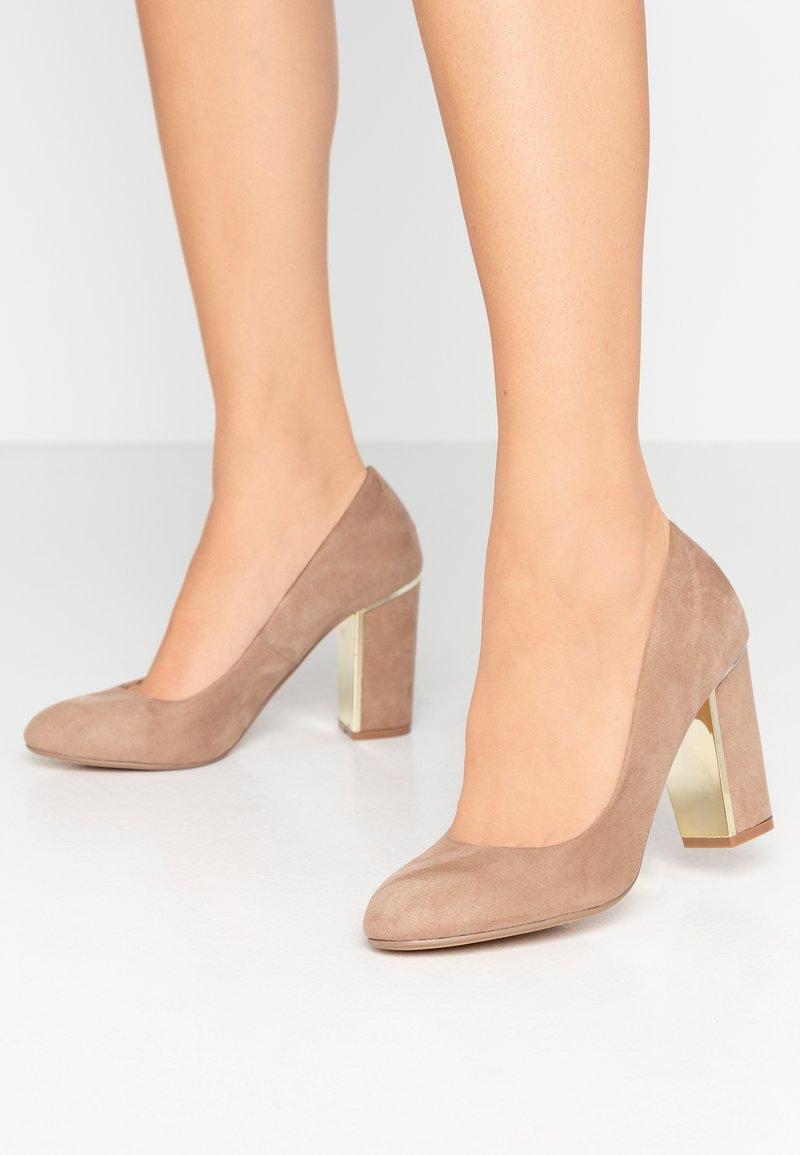 Dorothy Perkins - EVIE METAL INSERT BLOCK COURT - High heels - taupe